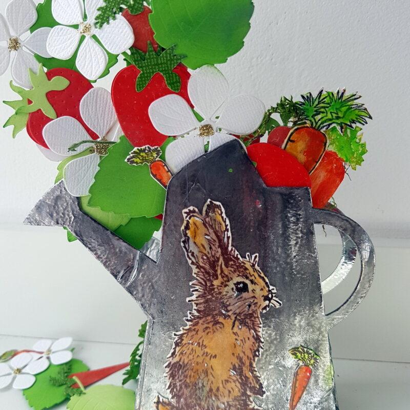 Petit arrosoir printanier en faux métal - décor Pâques