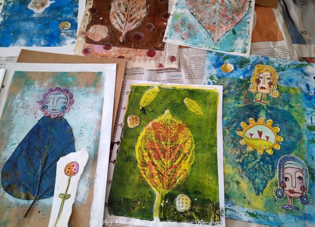 Pages imprimées gel plate, acryliques et feuilles naturelles bases d'un Junk journal décoré de tampons fantaisistes